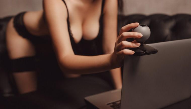 top 9 free live sex cam sites for amateurs